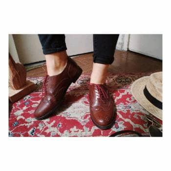 Zapatos tipo orxord de piel genuina guinda