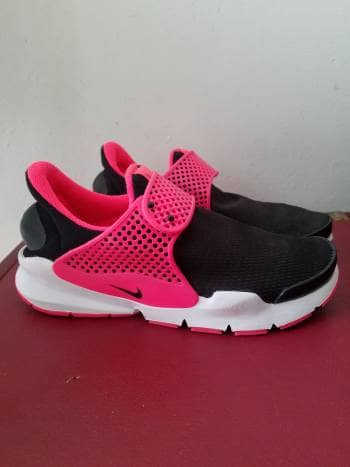 Tenis Nike Summer  Negros con Fucsia