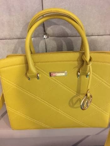 Bolsa amarilla VENDIDA