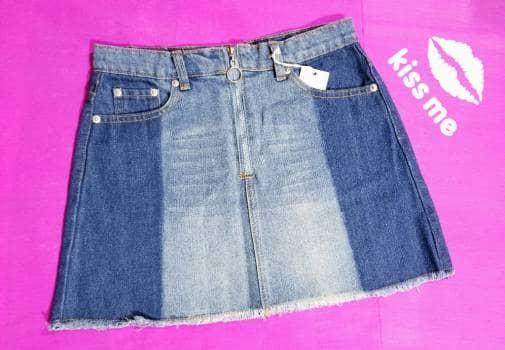 Minifalda estilo Denim