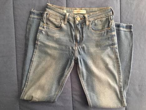 Jeans  mezclilla clara de Bershka