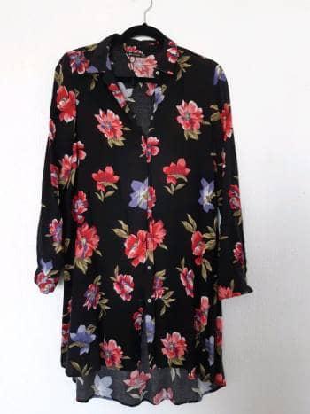 Apartado  vestido camisero flores