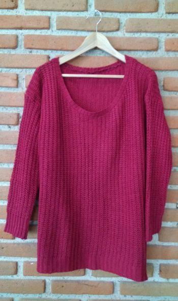 Suéter color guinda