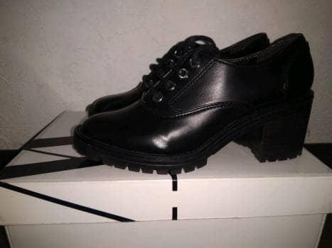 Zapatos tacon ancho