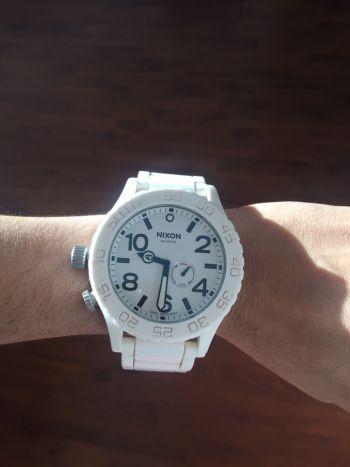 Reloj blanco nixon de caucho