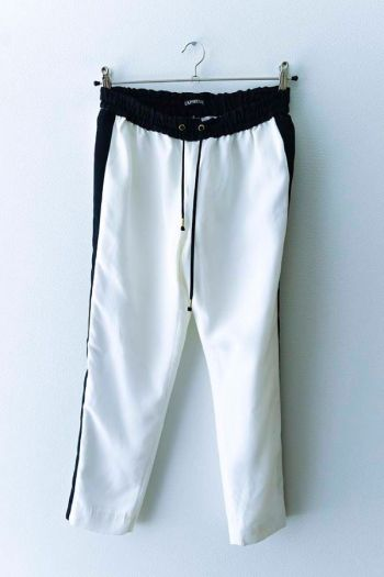 Pantalones blanco con negro