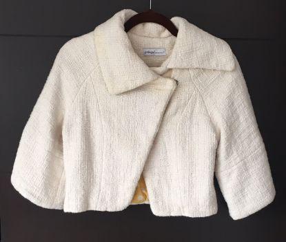 Abrigo corto color beige