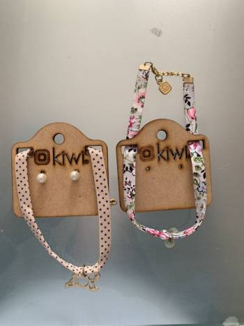 2x1 collares de verano marca kiwi