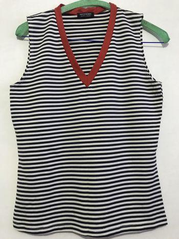 Blusa estilo marinero cuello en V