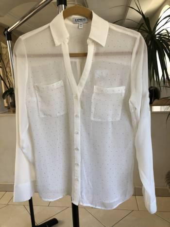 Camisa blanca transparente
