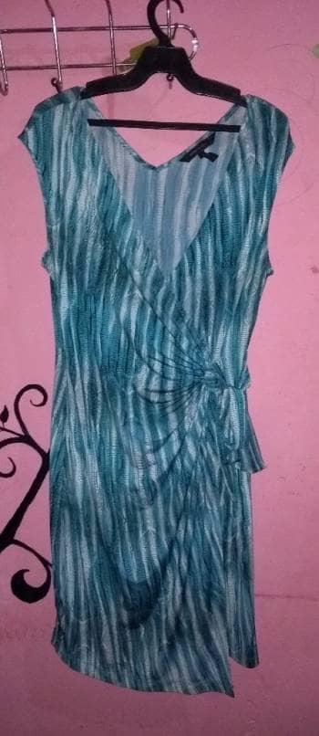 Vestido tonos azules BCBG