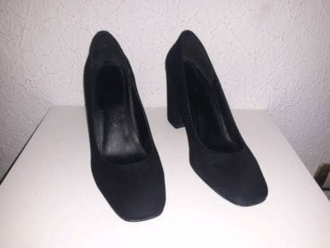 Zapatillas negras básicas
