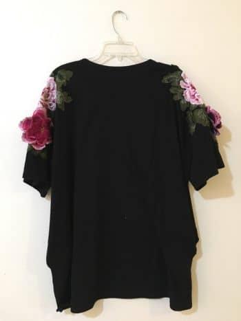 Bluson con flores bordadas