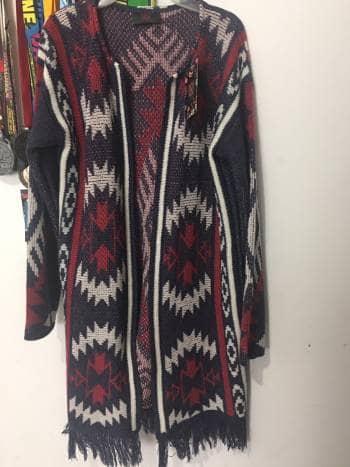 Abrigo/suéter largo