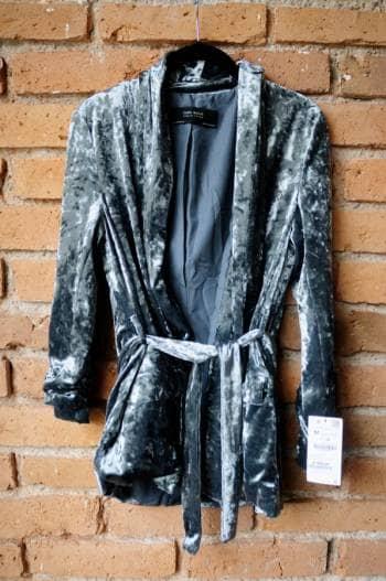 Kimono de terciopelo tipo blazer