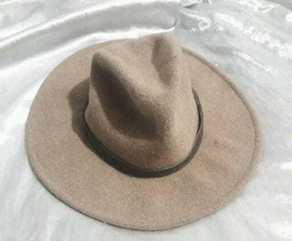 Sombrero de lana.