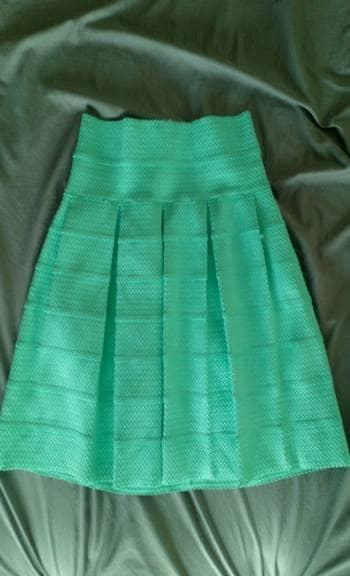 Falda azul/verde tableada