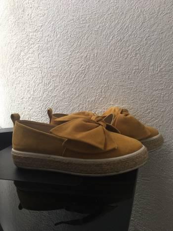 Zapatoz Dorothy Gaynor