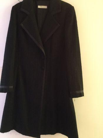 Abrigo negro para frio