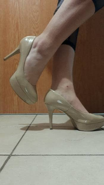 distribuidor mayorista 0f851 de7b8 Tacones Guess color nude - GoTrendier - 1332536
