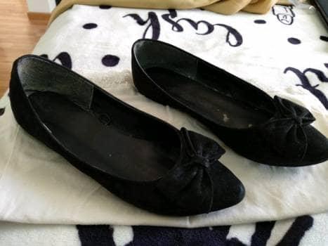 Zapatos negros de piso