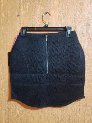 Falda negra nueva talla S
