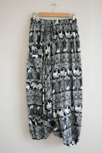 Pantalones baggy