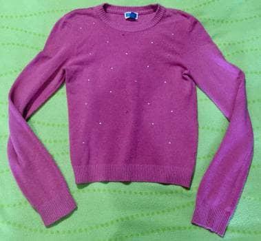 Suéter rosa con piedritas✨