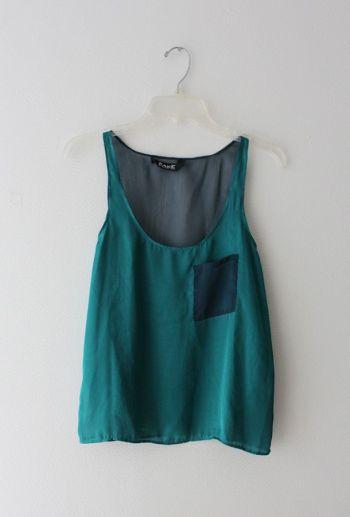 Blusa de tela combinada y bolsita