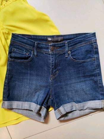 Shorts de mezclilla Levi's