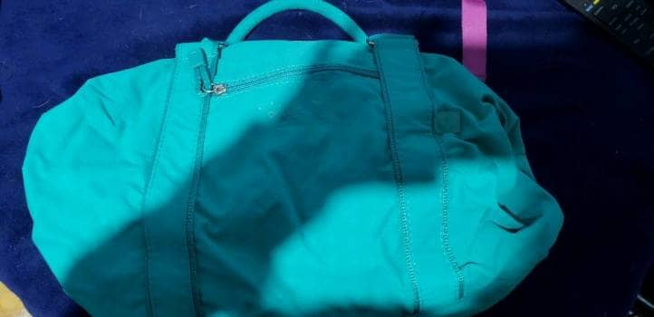 Bolsa color verde agua